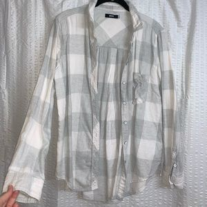 Women's Urban Outfitter Flannel size medium